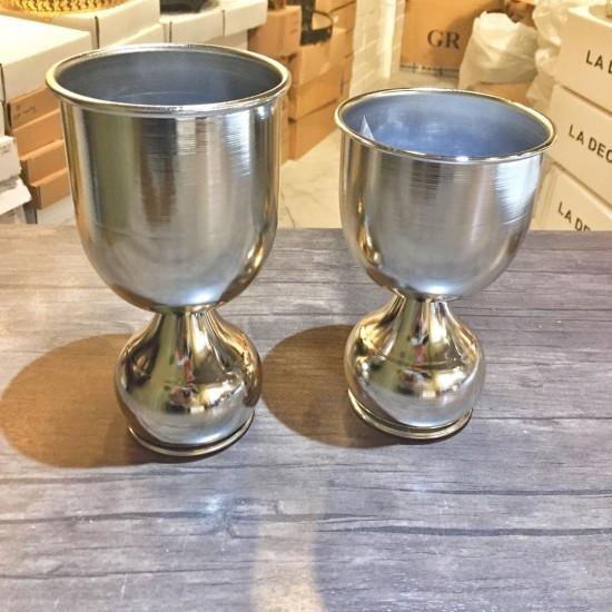 Kısa Ayaklı Metal Gümüş Vazo